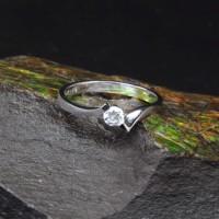 圖示-白K金鑽石戒指 | DiaR10