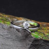 圖示-白K金鑽石戒指 | DiaR15