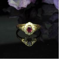 圖示-紅寶鑽石黃K金戒指(Ruby Ring)