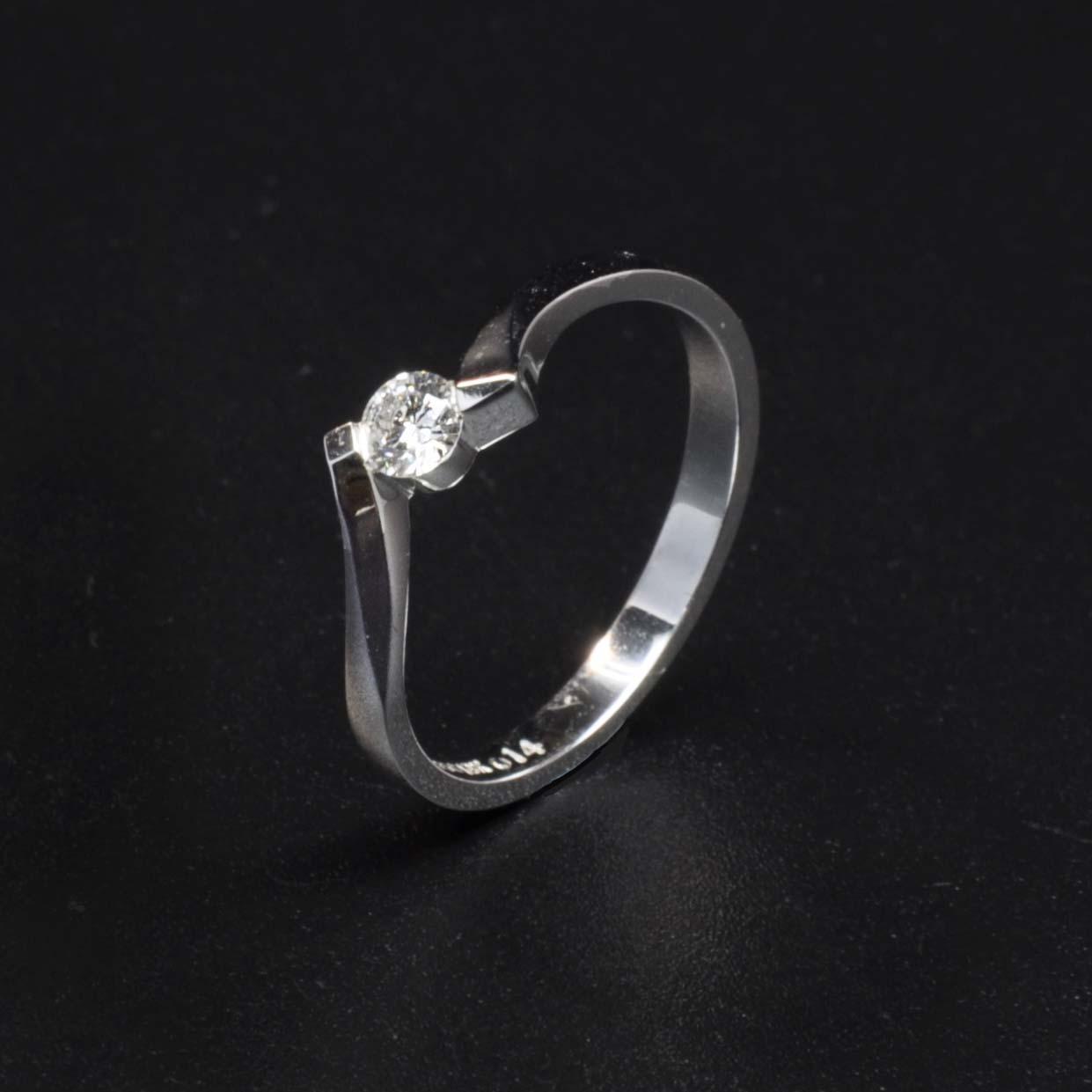 白K金鑽石戒指 | DiaR10