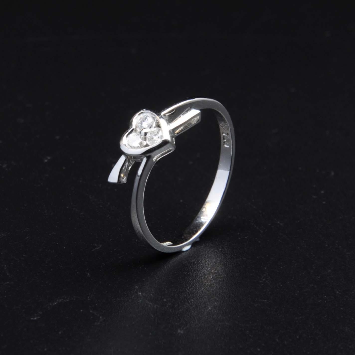 白K金鑽石戒指   DiaR21