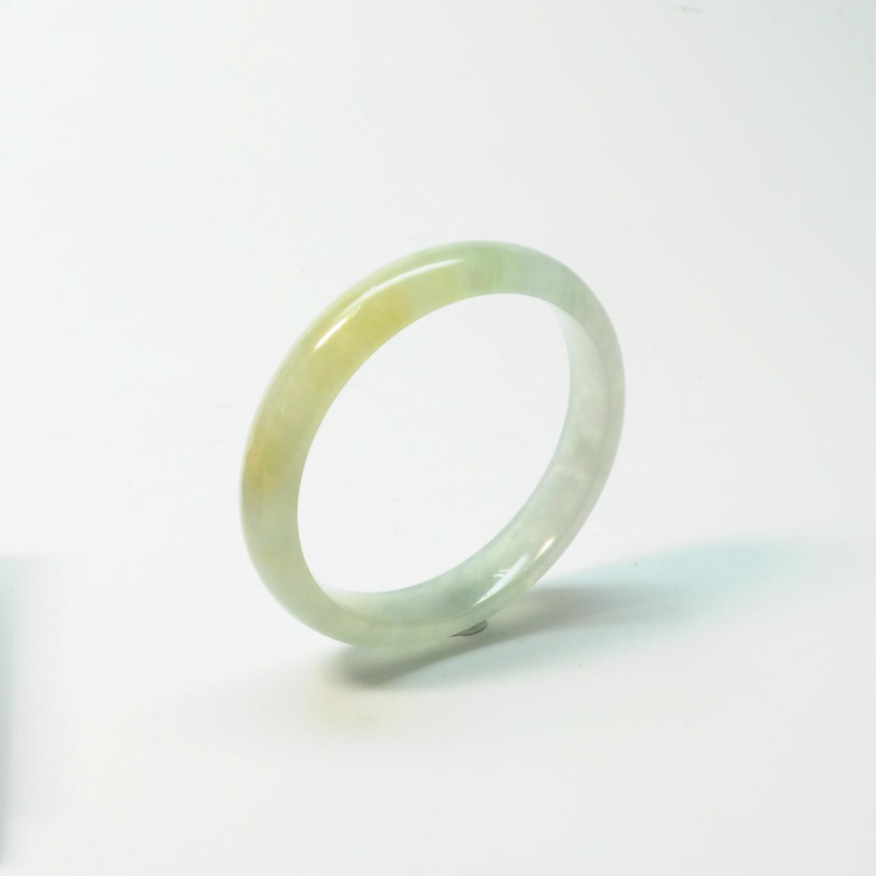 翡翠密糖白泛光玻冰種手鐲(Jadeite)