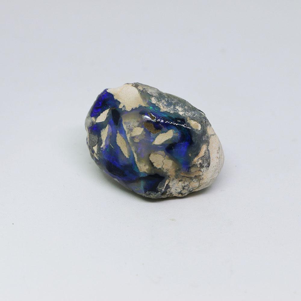 圖示-黑蛋白石原石 (Black Opal)