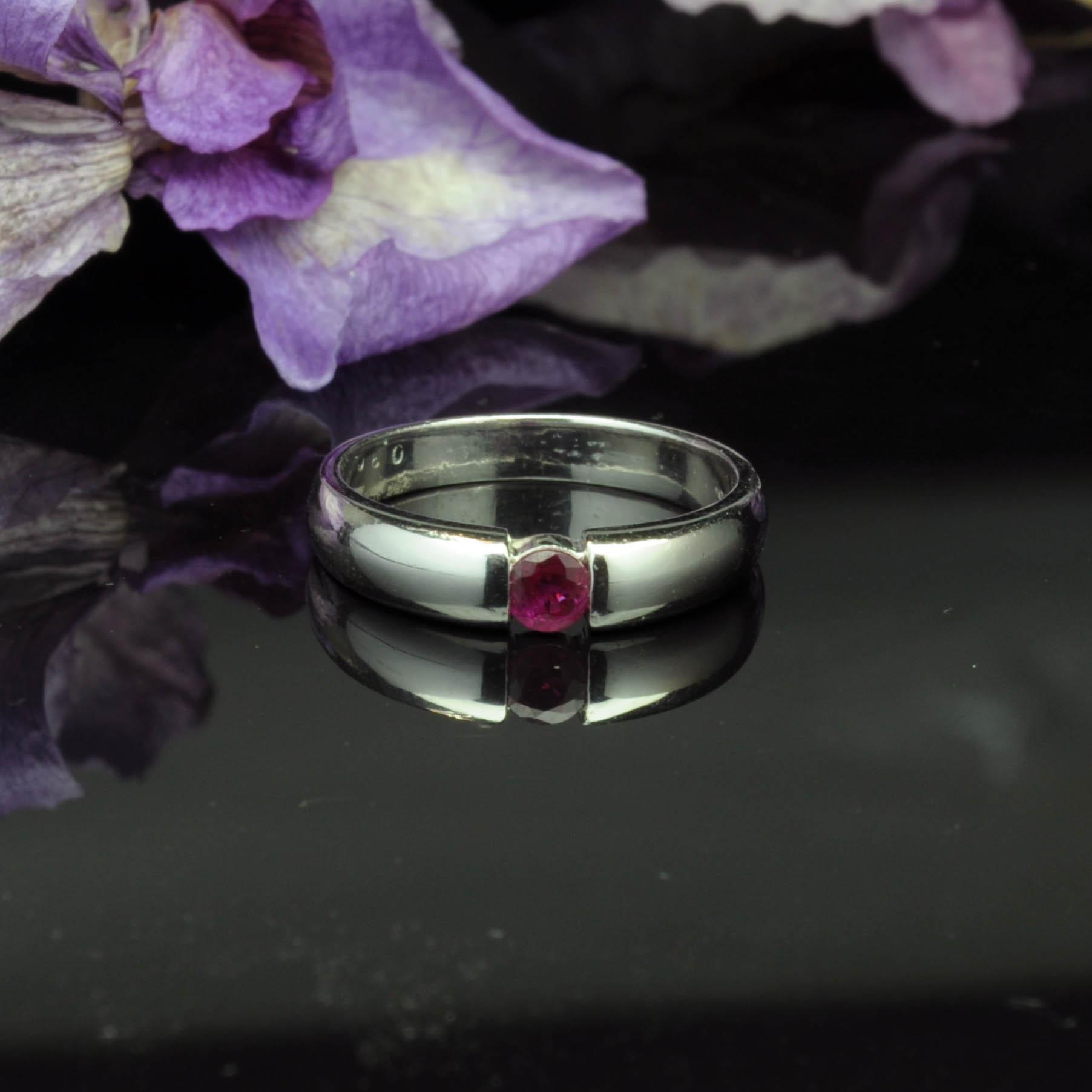 圖示-紅寶白K金戒指(Ruby Ring)